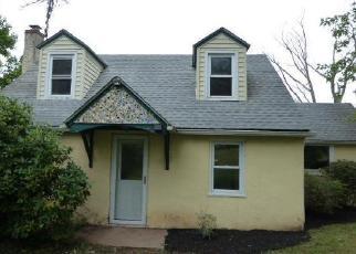 Foreclosed Home en RISING SUN RD, Telford, PA - 18969