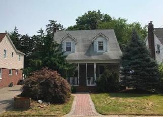 Foreclosed Home en JOHN CT, Baldwin, NY - 11510