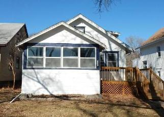 Foreclosed Home in B AVE NW, Cedar Rapids, IA - 52405