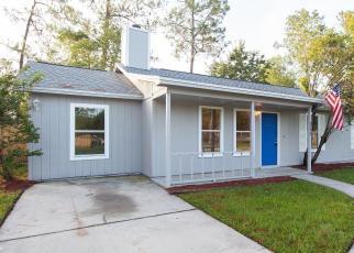 Foreclosed Home en HARLEQUIN CT, Middleburg, FL - 32068