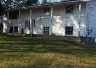 Foreclosed Home en OLD FORGE HILL RD, New Windsor, NY - 12553