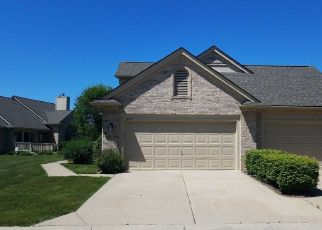 Foreclosed Home in REFLECTIONS DR, Sterling Heights, MI - 48314