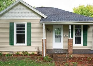 Foreclosed Home en W WEBSTER ST, Springfield, MO - 65802