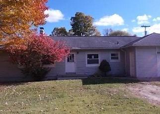 Foreclosed Home en DORIS ST, Livonia, MI - 48152