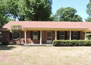 Foreclosed Home in KINGSGATE AVE, Memphis, TN - 38118