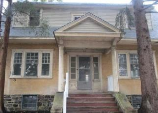 Foreclosed Home in LEWIS AVE, Lansdowne, PA - 19050