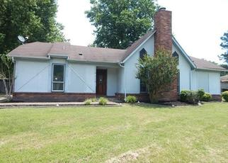Foreclosed Home in ELMHILL DR, Memphis, TN - 38135