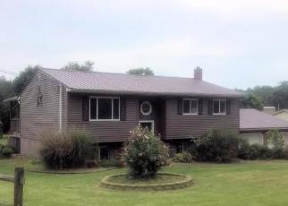 Foreclosed Home en EYERMANN RD, Belpre, OH - 45714