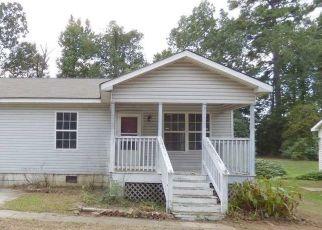 Foreclosed Home in MILLARD FULLER RD, Fairfield, AL - 35064