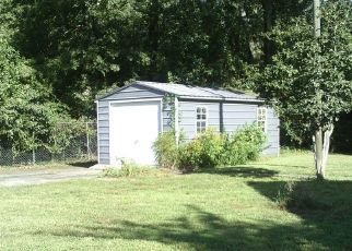 Foreclosed Home in N MAIN ST, Hattiesburg, MS - 39401