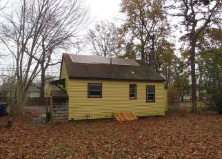 Foreclosed Home in UNITY DR, Brick, NJ - 08723