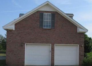 Foreclosed Home in VANDERBILT DR, Montgomery, AL - 36116