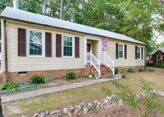 Foreclosed Home en MAPLEVALE RD, Chester, VA - 23831