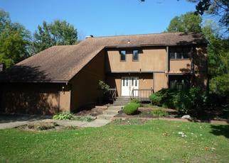 Foreclosed Home en TREESIDE DR, Stow, OH - 44224