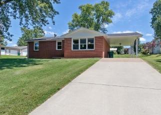 Foreclosed Home en 1ST ST E, Scott City, MO - 63780