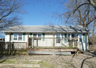 Foreclosed Home in STRAUSS AVE, Marydel, DE - 19964