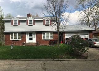 Foreclosed Home in KENNETH DR, Rantoul, IL - 61866