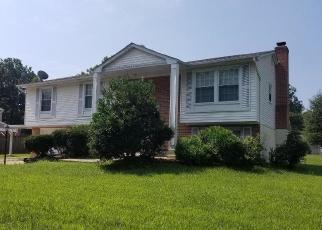 Foreclosed Home en ACTON LN, Waldorf, MD - 20601