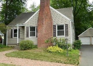 Casa en ejecución hipotecaria in North Haven, CT, 06473,  POOL RD ID: F4307921