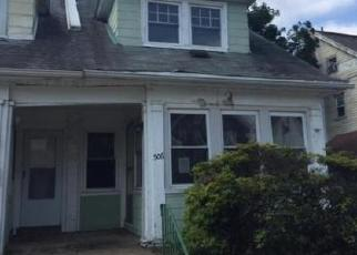 Foreclosed Home en EMERSON AVE, Lansdowne, PA - 19050