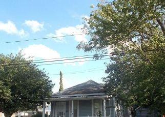 Casa en ejecución hipotecaria in Newport News, VA, 23601,  NORTH AVE ID: F4308127