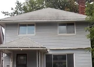 Foreclosed Home en E 97TH ST, Cleveland, OH - 44105