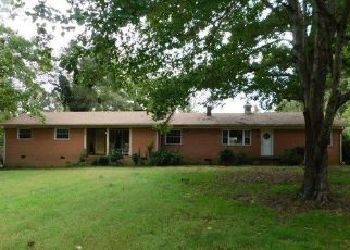 Foreclosed Home in SULLIVAN RD, Thomasville, NC - 27360