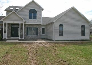 Foreclosed Home in CEDAR CREEK TRL, Rochester, NY - 14626