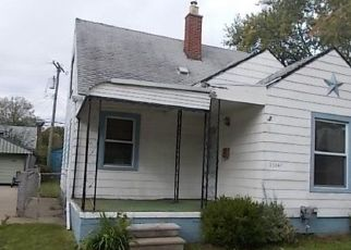 Foreclosed Home en SAXONY AVE, Eastpointe, MI - 48021