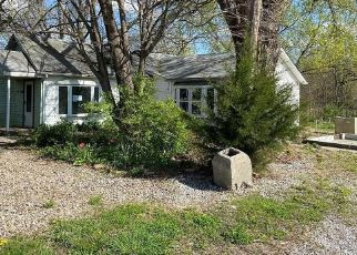 Foreclosed Home in E MARY ST, Lansing, KS - 66043