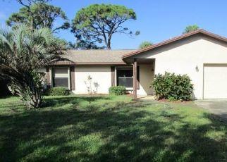 Foreclosed Home en GROVE ST NE, Palm Bay, FL - 32905