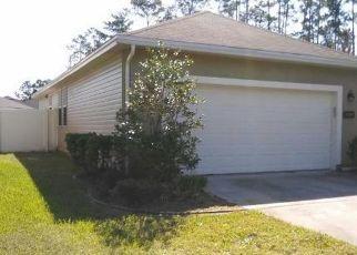 Foreclosed Home in CARPATHIAN DR, Jacksonville, FL - 32218