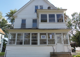 Foreclosed Home en ADAMS ST, East Hartford, CT - 06108