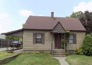 Foreclosed Home en CLEVELAND AVE, Aliquippa, PA - 15001