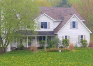 Foreclosed Home en BROWN RD, Vestal, NY - 13850