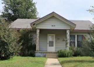 Foreclosed Home in S 14TH ST, Chickasha, OK - 73018