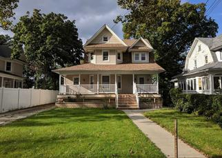 Foreclosed Home in SOUTHSIDE AVE, Freeport, NY - 11520