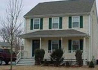 Foreclosed Home in JARSON LN, Attleboro, MA - 02703