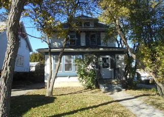 Casa en ejecución hipotecaria in West Bend, WI, 53095,  S 8TH AVE ID: F4308891