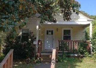 Foreclosed Home en GROVE AVE, Norfolk, VA - 23503