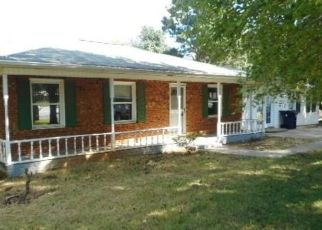 Foreclosed Home in CHERRY LN, Lexington, NC - 27292
