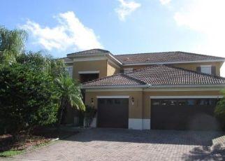 Foreclosed Home en SOMERSET CIR, Kissimmee, FL - 34746