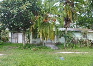 Foreclosed Home en NW 1ST ST, Okeechobee, FL - 34972