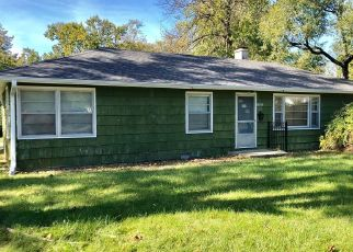 Foreclosed Home in N DIVISION AVE, Urbana, IL - 61801
