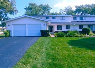 Foreclosed Home en CRANBROOK DR, Schaumburg, IL - 60193