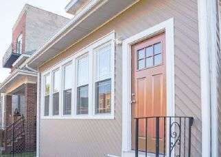 Foreclosed Home en S RIDGELAND AVE, Chicago, IL - 60649