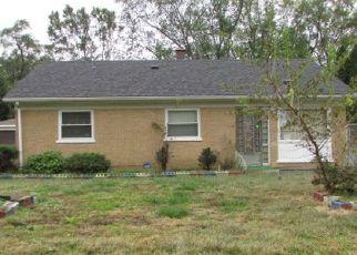 Foreclosed Home en PARKSIDE DR, Markham, IL - 60428
