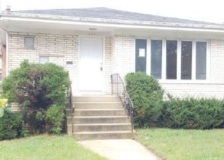Foreclosed Home en PAXTON AVE, Calumet City, IL - 60409