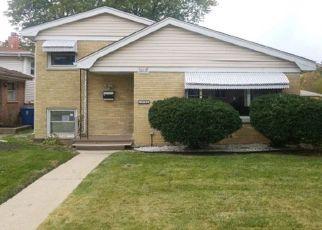 Foreclosed Home en VINE AVE, Harvey, IL - 60426