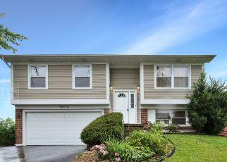 Foreclosed Home en ALLEMONG DR, Matteson, IL - 60443